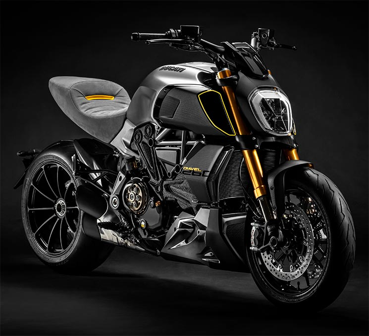 DucatiDiavel-1260-Materico-2.jpg