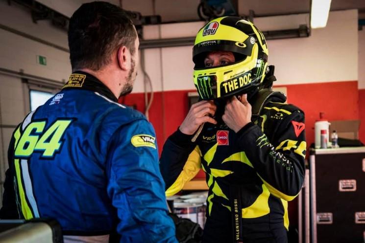 Valentino-Rossi-Ferrari-GT3