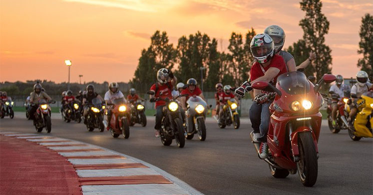 world-ducati-week-2017.jpg